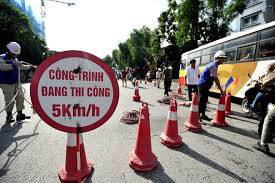 Cọc tiêu nhựa mầu đỏ phản quang trắng chất lượng, giá rẻ nhất Việt Nam tại BHLĐ Hải Thanh