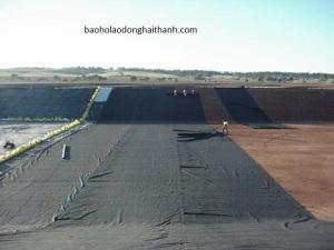 Cuộn nilong trải sàn màu đen