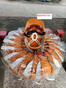 Mũ nhựa công nhân giá siêu rẻ